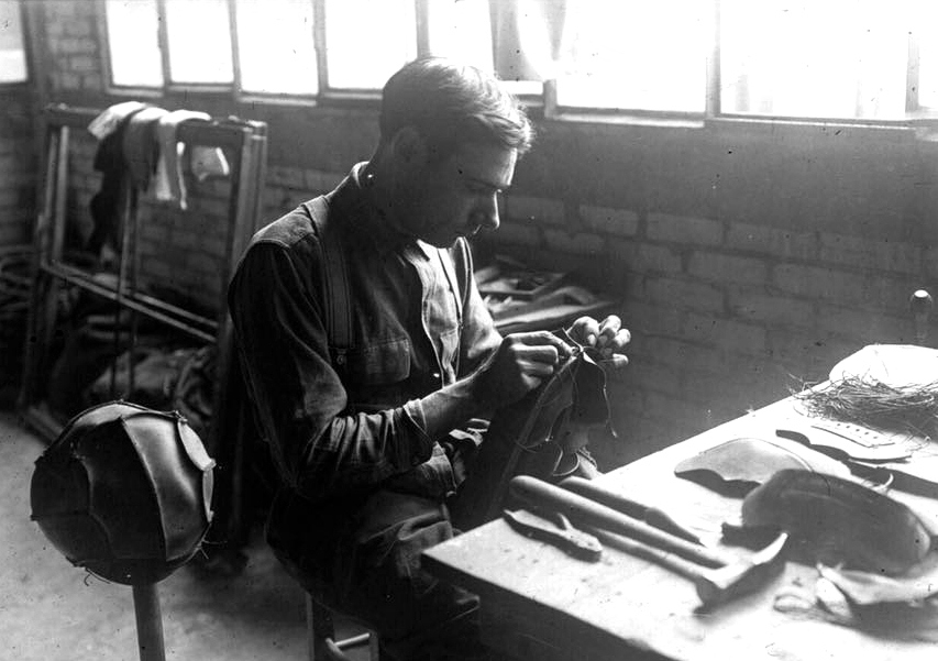 Football balls craftmanship workshop in 1930