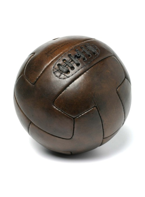 1930 T-shape vintage leather football