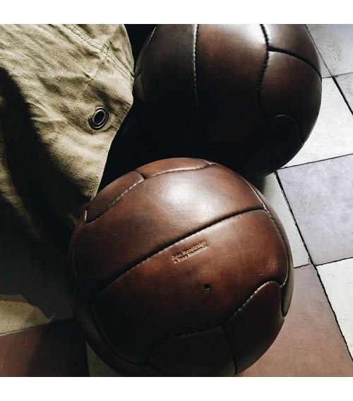 ballon de football en cuir brésil 1950
