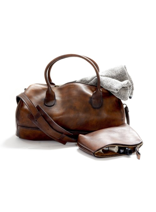 LEATHER SPORTS GYM BAG + LEATHER TOILETRY BAG
