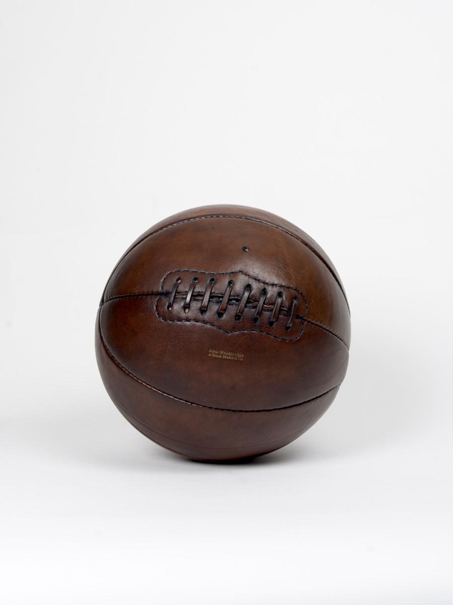 ballon de basketball vintage en cuir