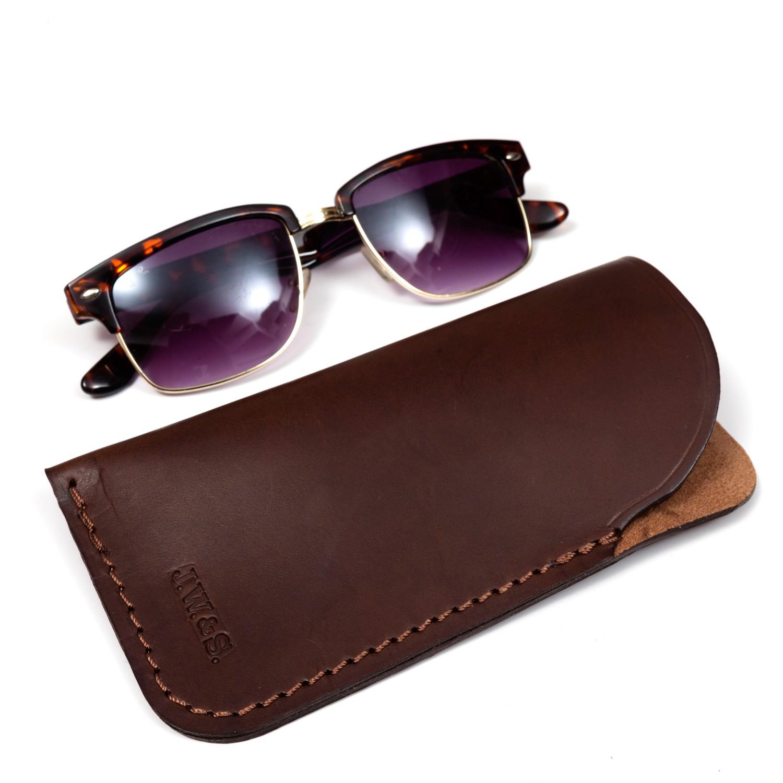 Étui à lunettes en cuir ef670ccf4cc1