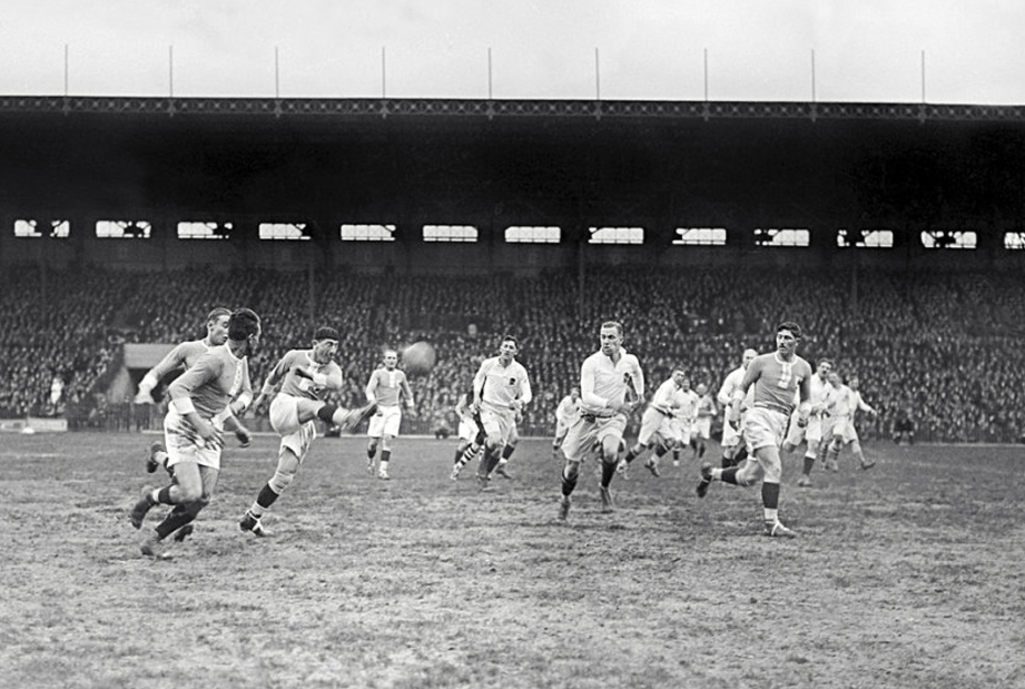 1927, when France beat England for the first time in the Tournoi